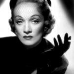 A partir dos anos 1950 os cortes de cabelo curto passam a ganhar mais adesão do público feminino